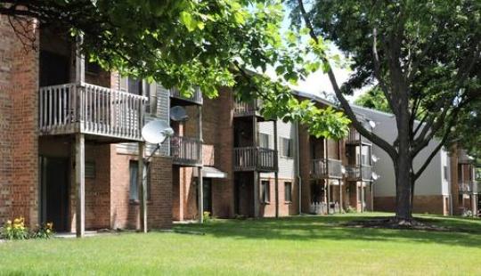 springdale apartments waukesha trike property management